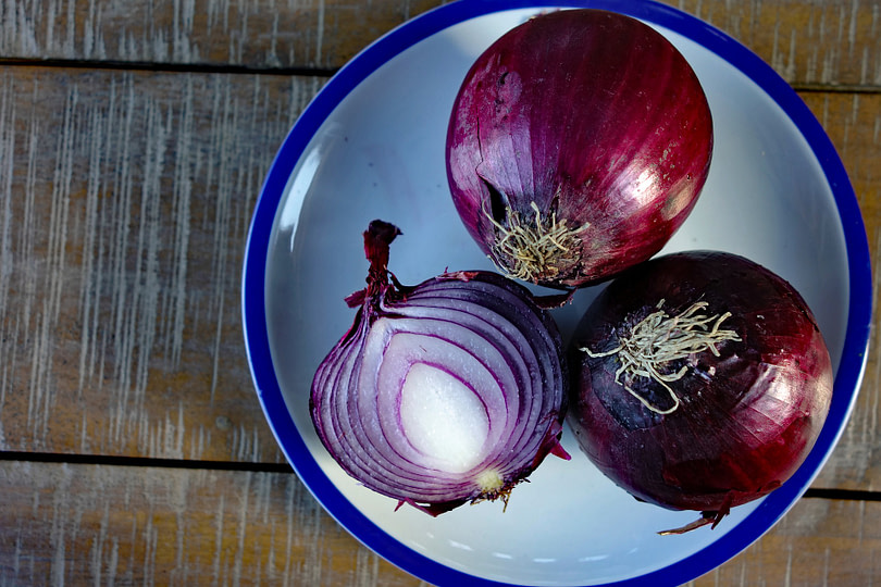 Red Onion For Bronchitis, Asthma, Chest Cold, Sinus, Chest Congestion, Chest Pain, Allergies